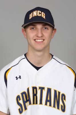 UNCG Tripp Shelton Knocks in Run to Beat the Generals 8-7